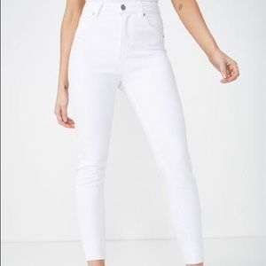 COTTON ON WHITE SKINNY JEANS size 6